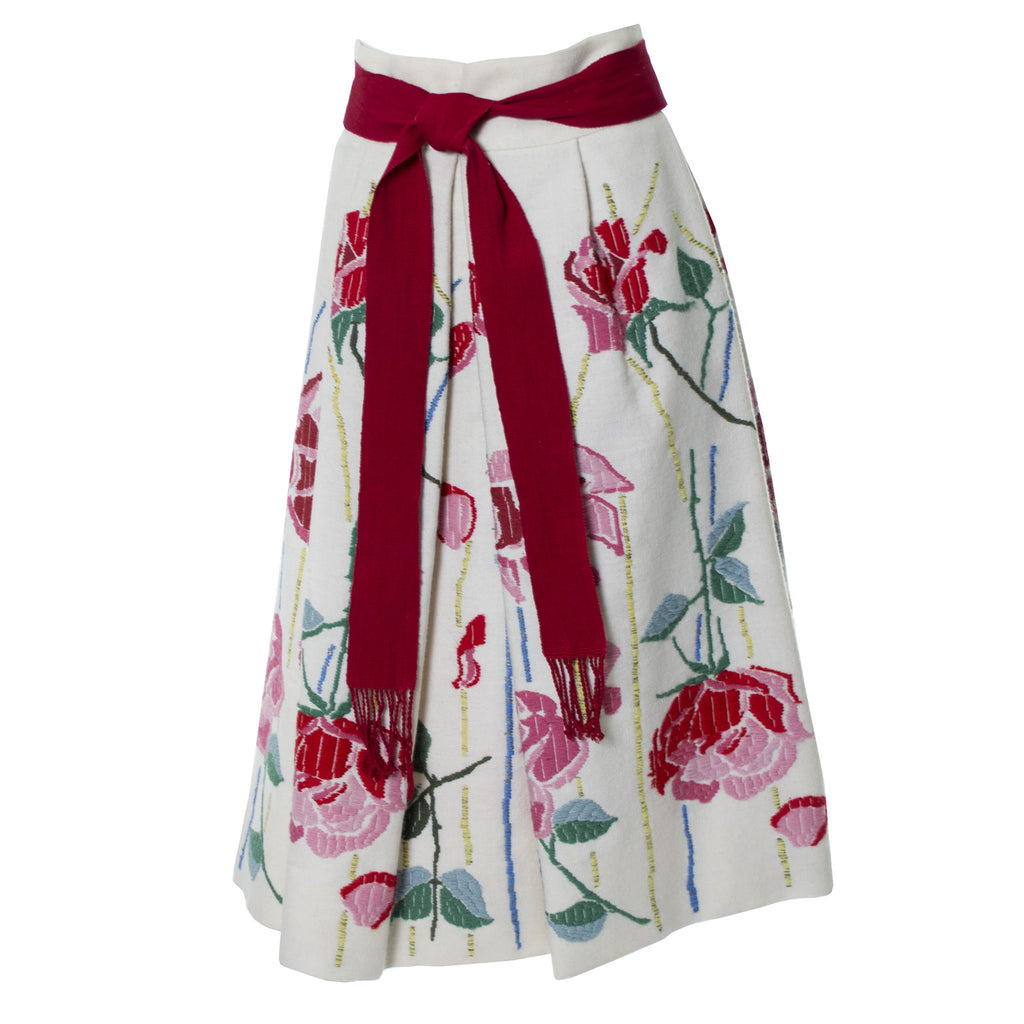 Aida 1960s Vintage Embroidered Floral Skirt Frederick and Nelson - Dressing Vintage
