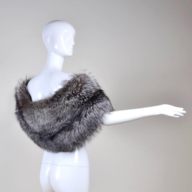 Carolina Herrera Silver Fox Fur Wrap One Size