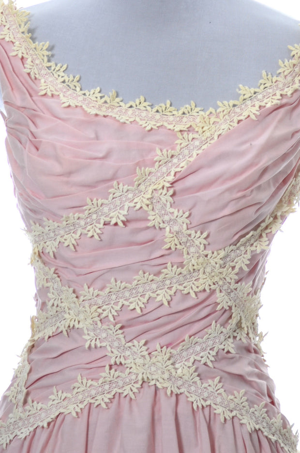 Ceil Chapman Vintage Dress in Pink 1950s with Lace Trim - Dressing Vintage