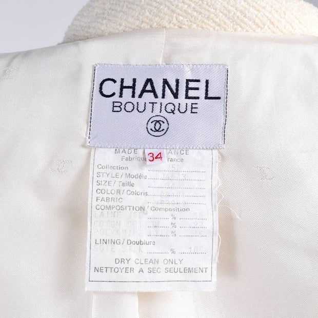 Chanel Boutique Label on a cream boucle wool blazer