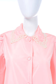 Chloe Vintage pink robe with lace collar