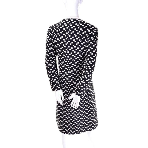 18c807f1e95 1960s Christian Dior Vintage Coat in Black And White Checked Fabric –  Dressing Vintage