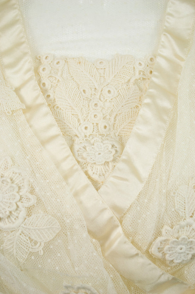 Vintage lace ivory applique tulle Edwardian wedding dress with veil