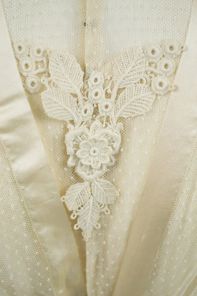 Vintage lace applique tulle Edwardian wedding dress with veil and ruffles