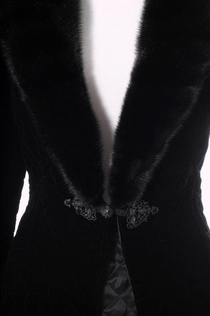 Valentino designer Vintage black velvet jacket with fur collar