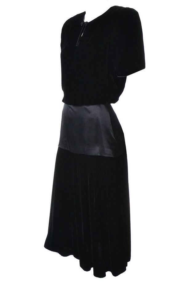 Black Flora Kung Silk Velvet Vintage Dress