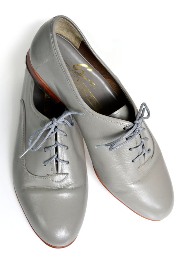 Size 8eee lace up oxfords