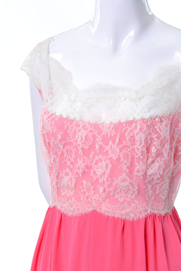1960's Pink Vintage Peignoir Set Lace Detail