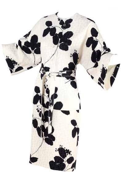 Vintage silk ensemble with abstract leaf print