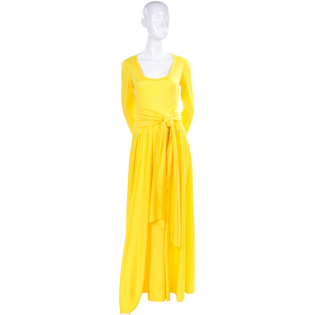 1970s Yellow Maxi Dress w Long Sleeves