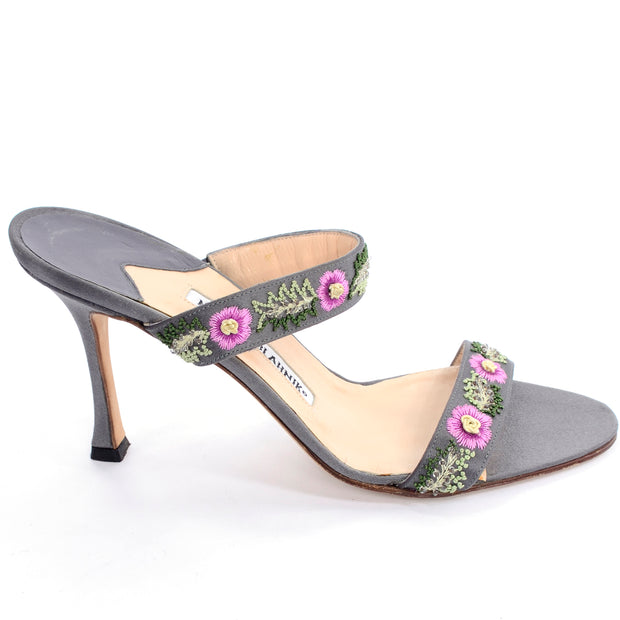 Manolo Blahnik open toe heeled sandals with flowers size 38.5