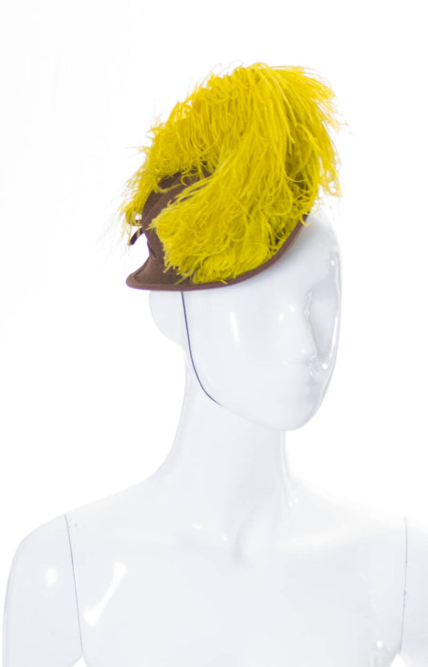 NY Creations 1930s vintage hat with yellow ostrich feather - Dressing Vintage