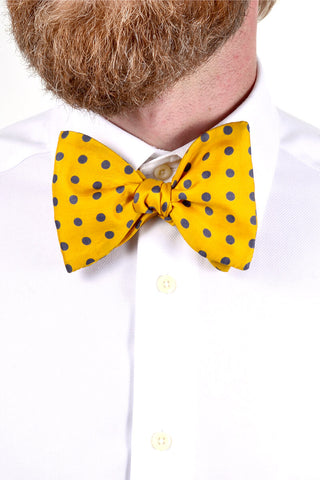 Yellow polka dot vintage bow tie 1980s
