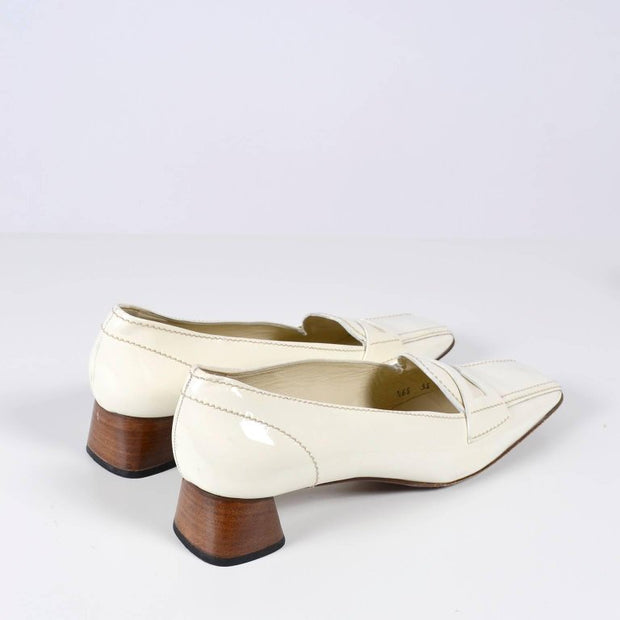 Vintage 39.5 Prada White Loafers with Heel
