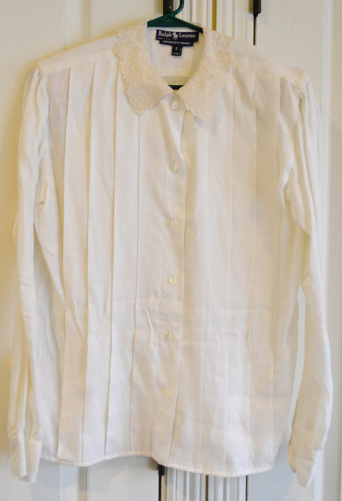Private Listing Ralph Lauren Pleated Linen Blouse with lace collar - Dressing Vintage