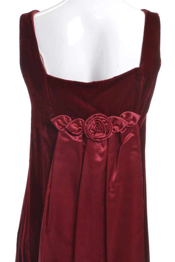 Satin Rosette Back Pannel of Vintage Velvet Dress