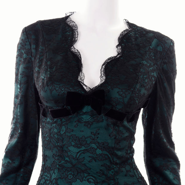 Thierry Mugler Scallopped Lace Deep V Evening Dress Plunging Neckline