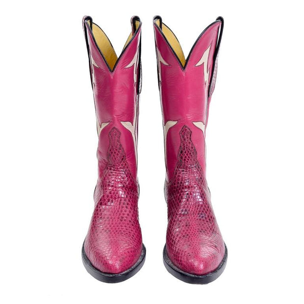 Custom pink cowgirl boots