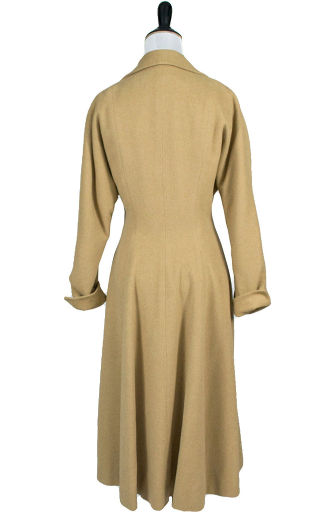 Vera Maxwell vintage coat from 1940s Cinched waist - Dressing Vintage