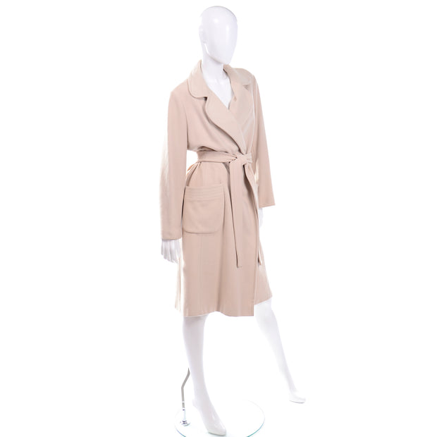 Vintage 100% Cashmere Cream Coat With Pockets and Sash Belt excellent