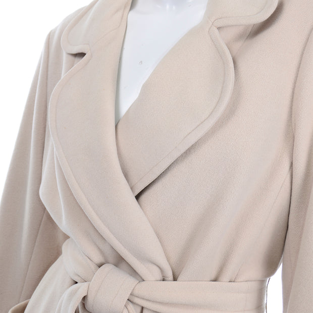 Vintage 100% Cashmere Cream Coat With Pockets and Sash Belt well made