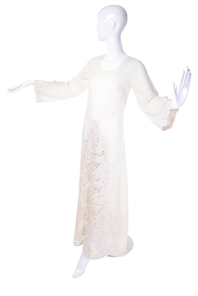 1970's Bell sleeve maxi white dress