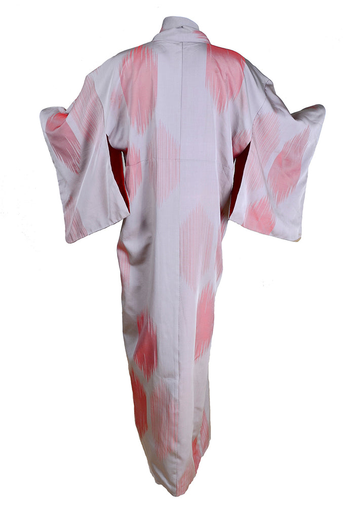 Pale purple long kimono with salmon designs
