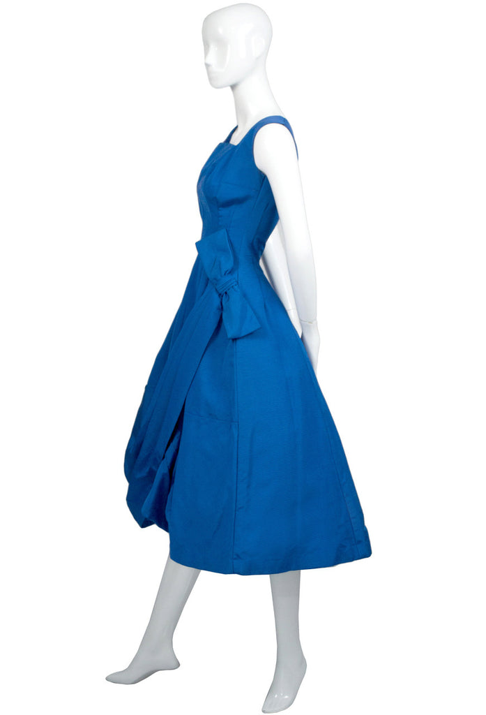 Blue 1950s vintage dress with bow