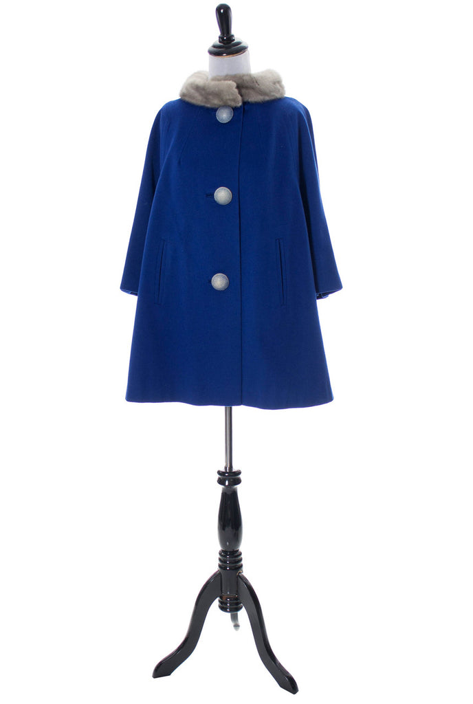 1960s blue wool vintage coat with fur collar