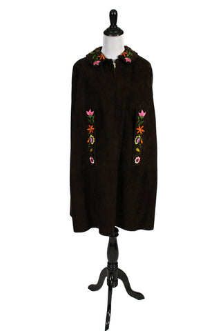 Hippie Chic vintage brown suede cape with embroidered flowers - Dressing Vintage