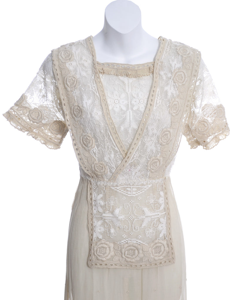 1910s Edwardian dress fine embroidery roses lace
