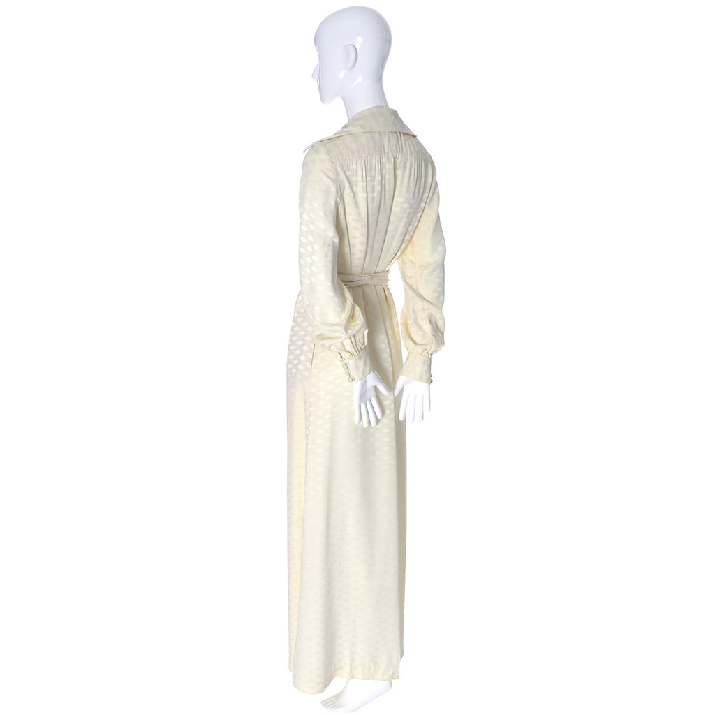 1970s Eva Gabor Estevez Vintage Ivory Dress
