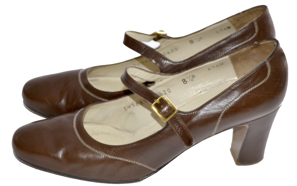 Brown Leather Salvatore Ferragamo Mary Janes 8.5 Vintage Shoes - Dressing Vintage