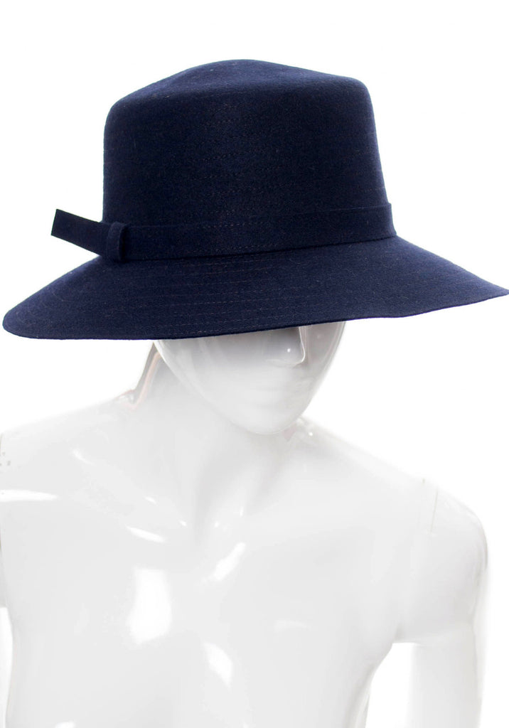 Givenchy vintage navy blue hat