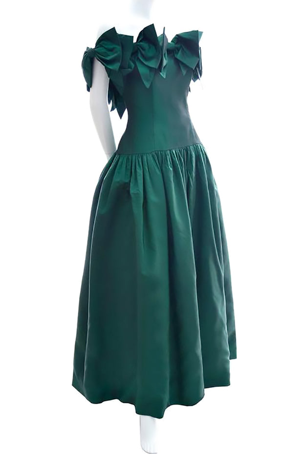 Dramatic Statment Green Evening Gown | Dressing Vintage