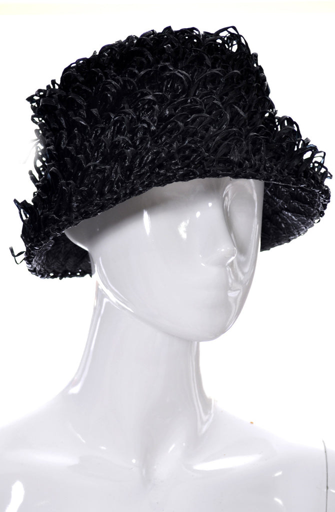 Curly black raffia mod 60s vintage hat