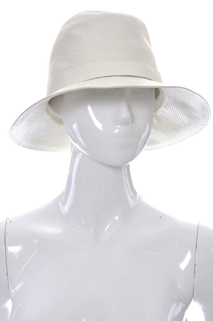1960s Vintage Hat from Lord and Taylor Made in France White Leather - Dressing Vintage