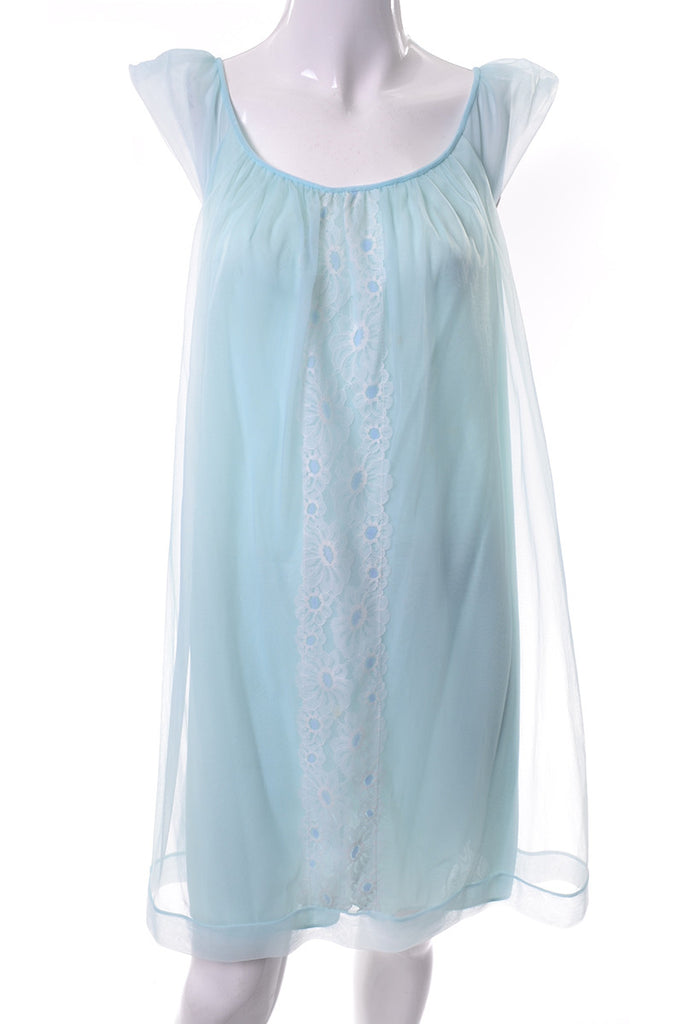 1960s Miss Elaine Vintage Peignoir Nightgown robe