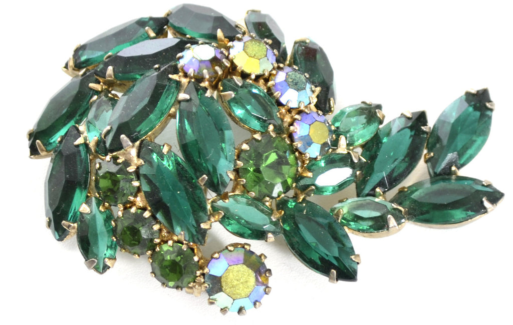 Statement jewelry vintage brooch green