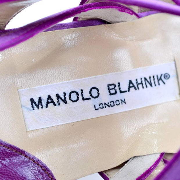 Vintage Manolo Blahnik London flats