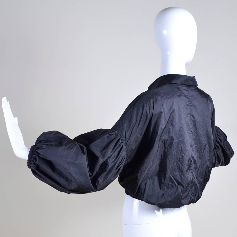 Stella McCartney Black Cropped Jacket with Puffy Sleeves - Dressing Vintage