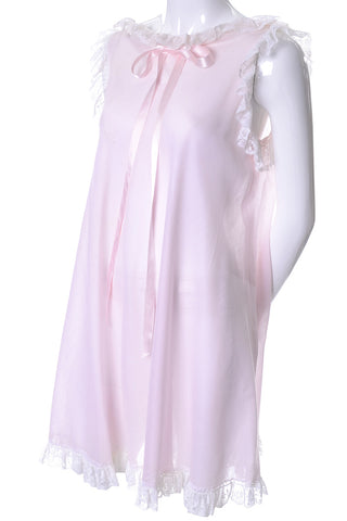 1940's Pale Pink Quilted Floral Vintage Robe Hostess Gown