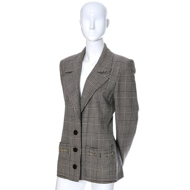 Black and ivory plaid wool vintage blazer Valentino Boutique from the 1980's with metal rings on the pockets and cuffs