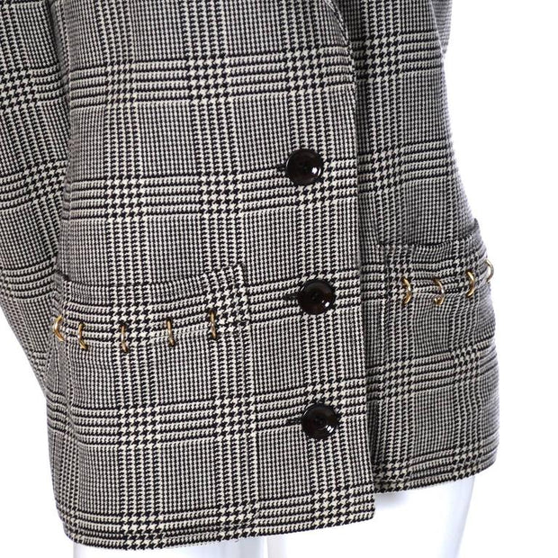 gold tone ring details on the pockets and cuffs Valentino boutique vintage 1980's plaid blazer