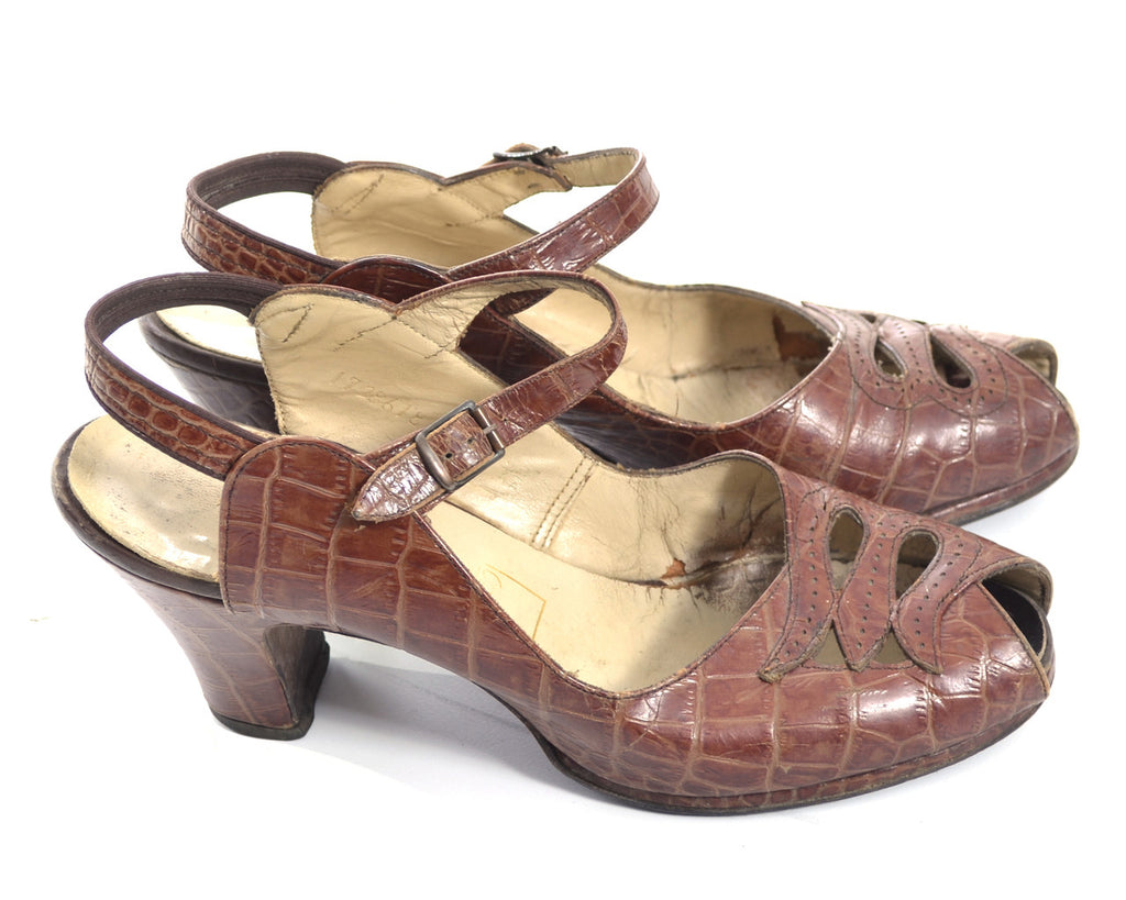 1940s peep toe alligator vintage shoes