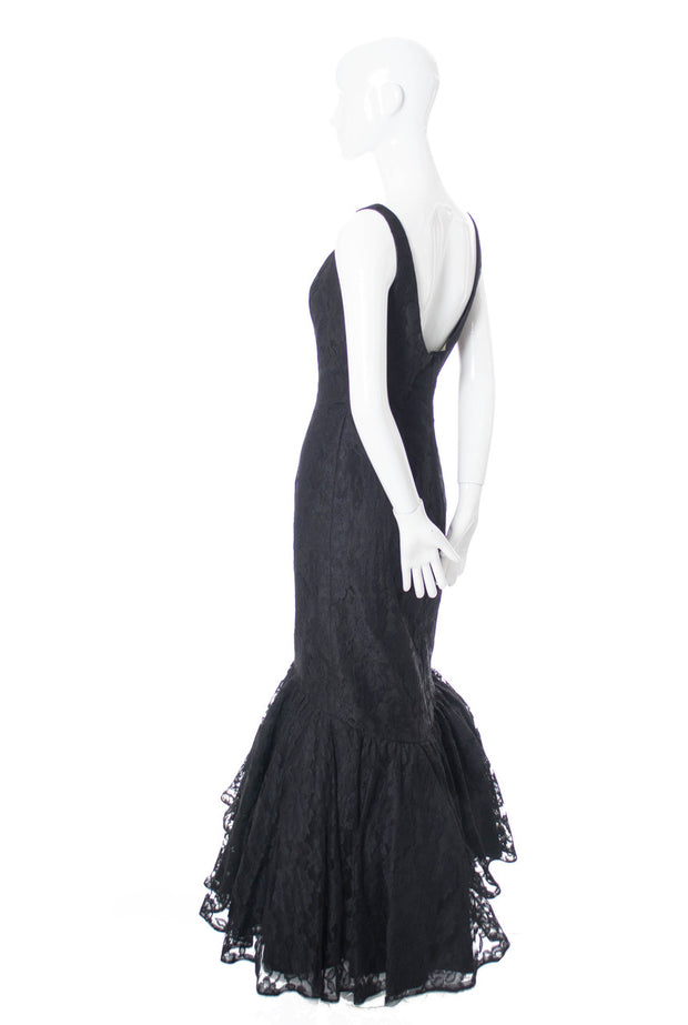 Black Lace Curvaceous Full Length Mermaid Style Vintage Dress SOLD - Dressing Vintage
