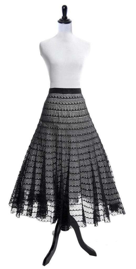 Full Circle Skirt vintage 1950s black lace