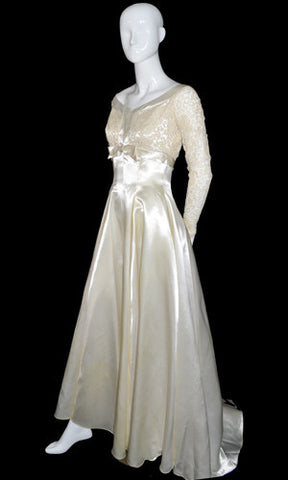 1960s Vintage Wedding Dress Pristine Satin and Lace - Dressing Vintage