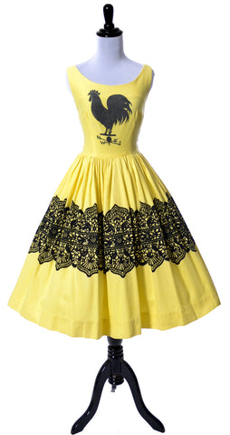 Birds and Rooster Yellow Novelty Print Vintage Dress - Dressing Vintage