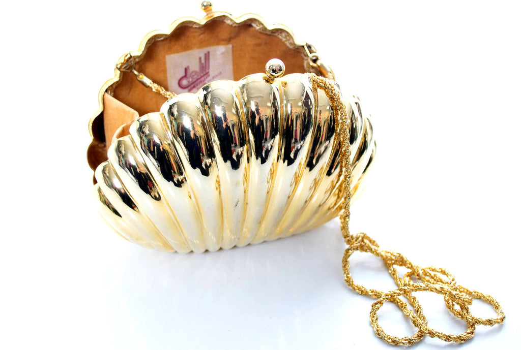 Delill Made in Italy gold seashell handbag